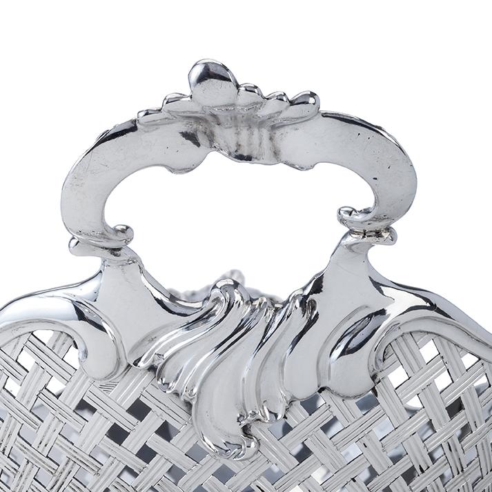 dutch-silver-bread-basket-zilveren-mand-franc%cc%a7ois-van-stapele-the-hague-1761-detail
