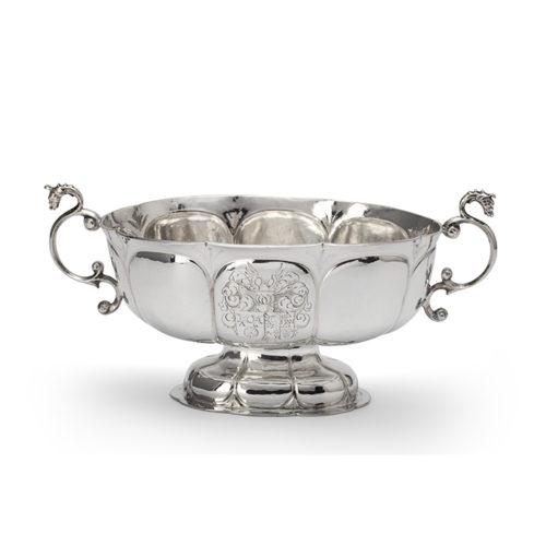 Dutch silver brandy bowl. Hendrik Muntinck III, Groningen, circa 1665