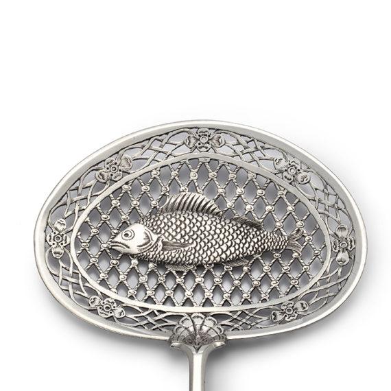 Dutch silver fish slice, Frederik Rudolf Precht, Amsterdam, 1756